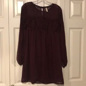Burgundy dress, lace detailing. Small. Worn once.